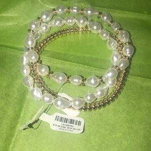 Torrid 3 pc 3/4 faux pearl bracelet set